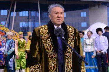 Нурсултан Назарбаев поздравил казахстанцев с Наурызом