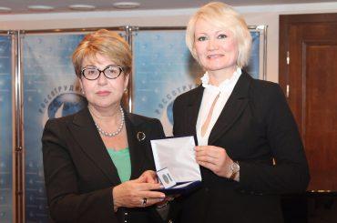 Элеонора Митрофанова поздравила ветеранов Россотрудничества с Новым годом