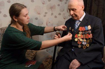 Спустя 72 года после окончания войны ветерану Владимиру Титкову вручили два ордена Красной Звезды и медаль «За отвагу»