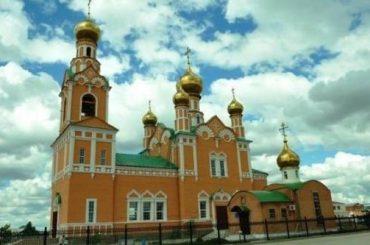 Почему Успенский собор и Никольская церковь похожи