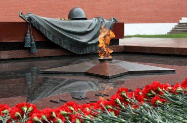 Торжественная церемония возложения венка к памятнику И.В.Панфилову и 28 панфиловцам