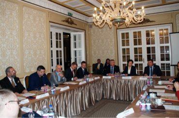 Губернатор ХМАО и российские соотечественники, проживающие в Венгрии, обсудили перспективы развития взаимодействия