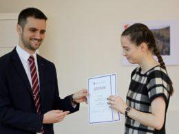 Школьники из Казахстана получили награды Международной олимпиады Высшей школы экономики