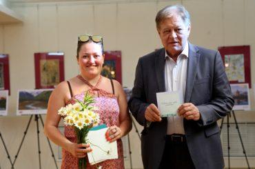 Школьники Нур-Султана сделали подарок своим родителям в День семьи, любви и верности