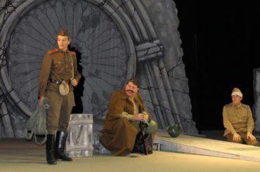 К 75-ой годовщине Победы над фашизмом в Уральске был показан спектакль «Рядовые»