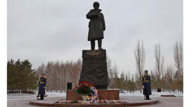 В День Неизвестного солдата в Нур-Султане говорили о бессмертном подвиге советского народа