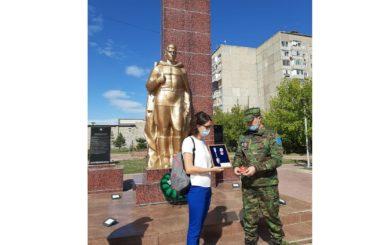 В Павлодаре состоялась передача личной вещи погибшего красноармейца Н.П. Сагайдака
